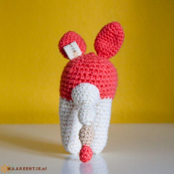 konijnen rammelaar met knisperoren
